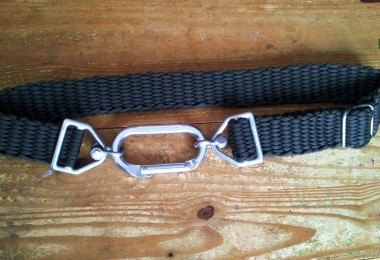 Survival belt made from paracord