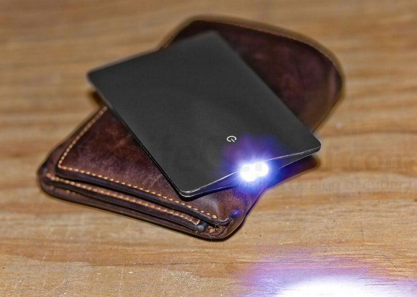 Eon classic ultra-thin credit card light
