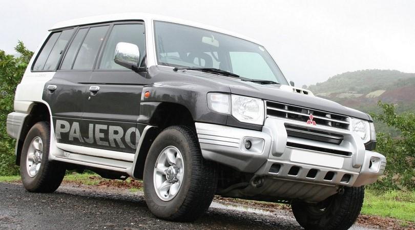 Mitsubishi Pajero with less electronics