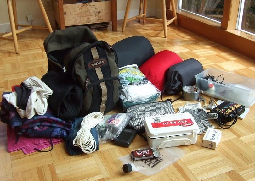 Survival kit for 3 days