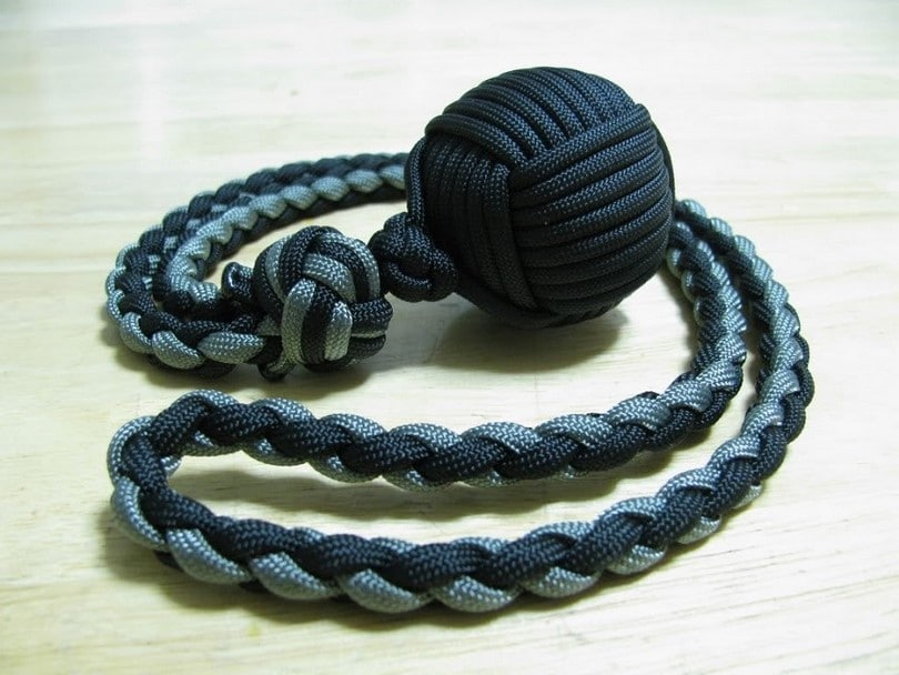 awesome paracord projects