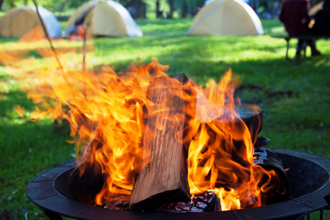 how to start a fire popular and unusual methods of building a fire. Black Bedroom Furniture Sets. Home Design Ideas