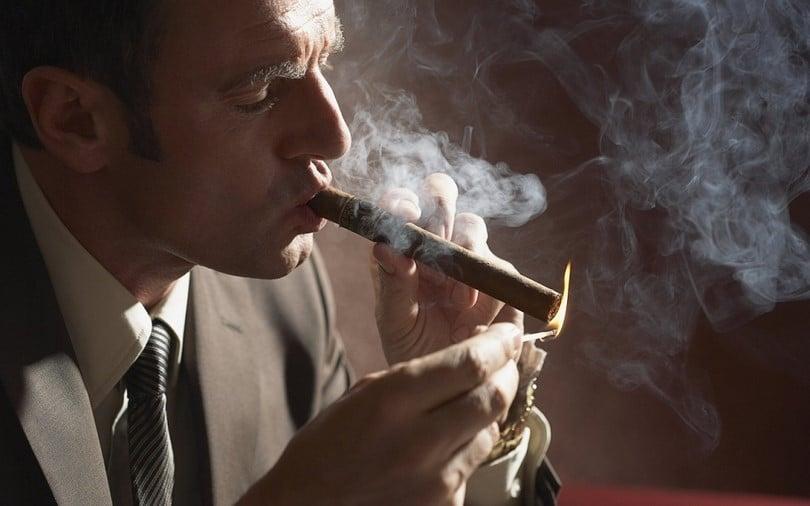 Avoid tobaco smoke