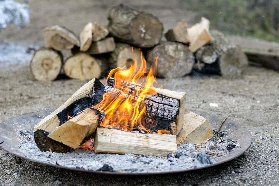 Best Fire Starter: Various Fire Starters for Survivalists