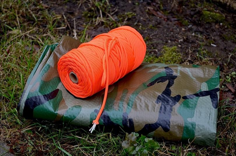 Paracord fot tent