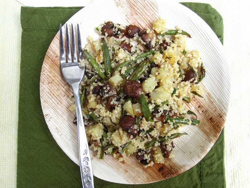 Quinoa with bean and mushroom