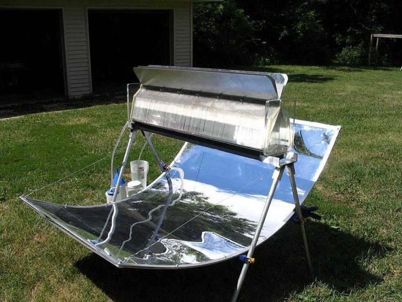 Solar water distilled