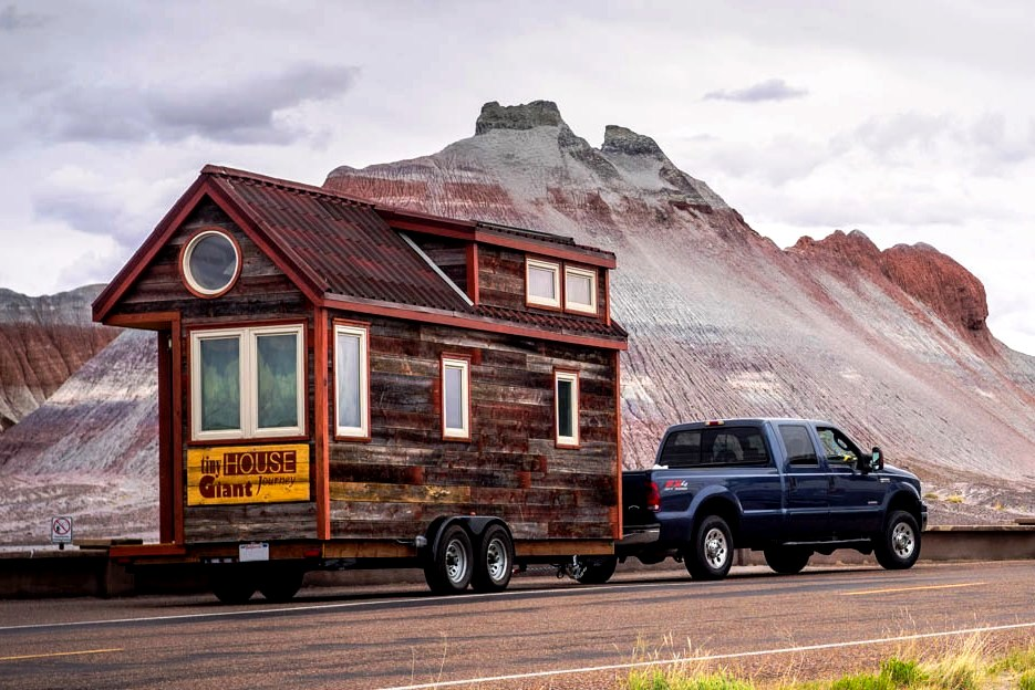 tiny house movement a new age of housing. Black Bedroom Furniture Sets. Home Design Ideas