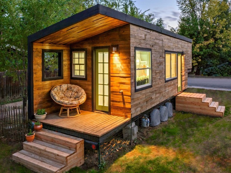 How to build a tiny house how to build it using simple steps for Steps to building a new home