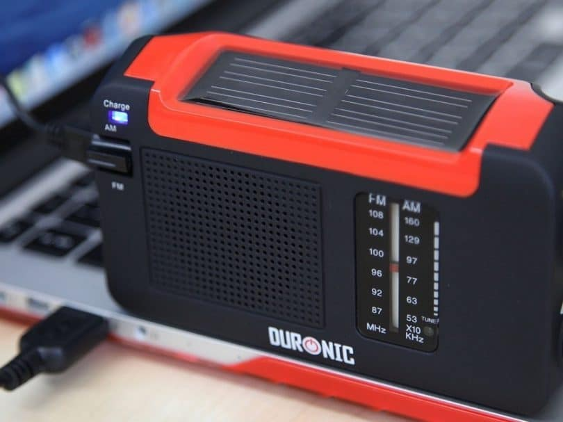 Duronic Hybrid solar charged radio