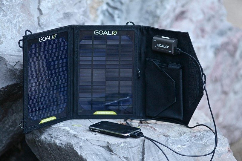 Goal Zero Nomad 13 solar charger live