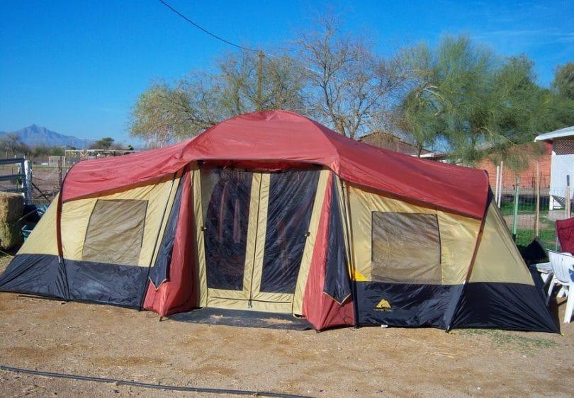 Ozark Trail 10-Person 3-Room