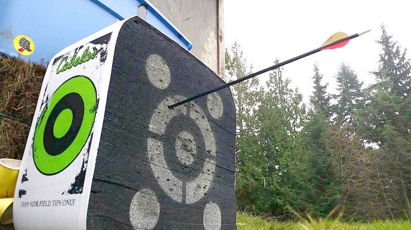 Practice bow shooting