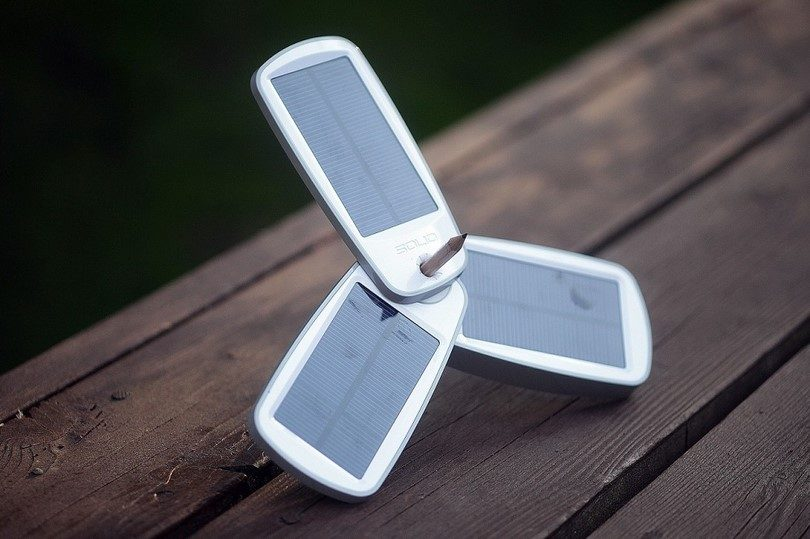 Solio Classic2 - battery pack and solar charger
