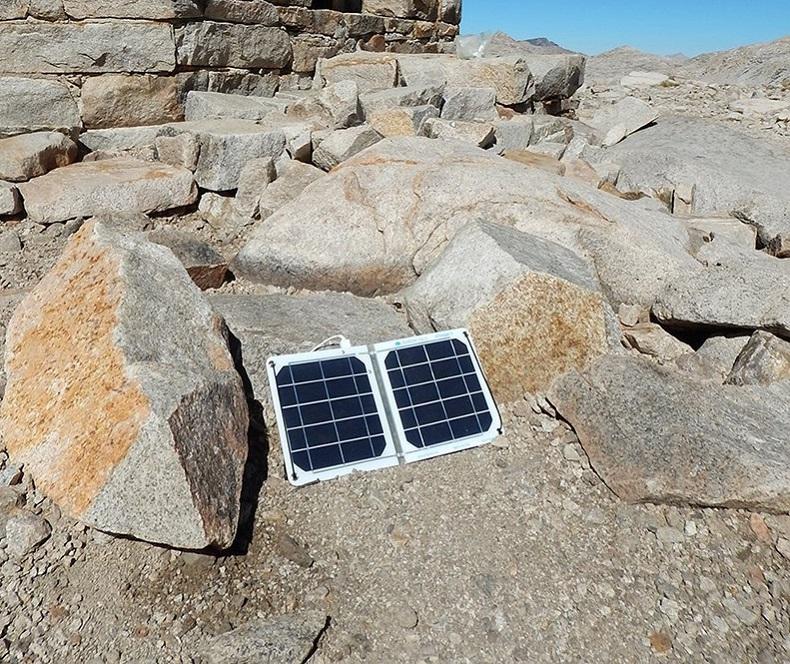 Suntactics sCharger-5 solar panel