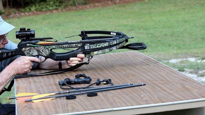 Barnett Jackal crossbow package