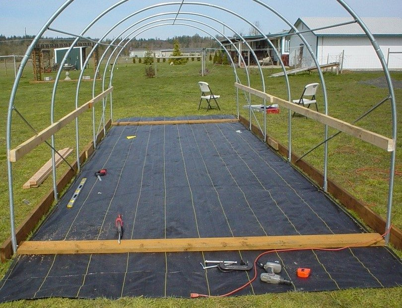 Building a greenhouse structure