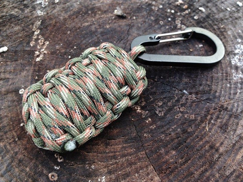 Grenade shaped paracord keychain