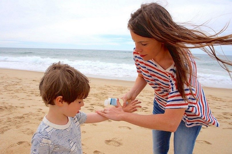 Insect repellent lotion for kids