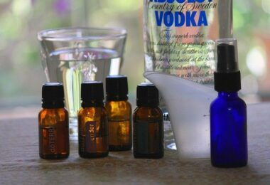 Natural insect repellent homemade