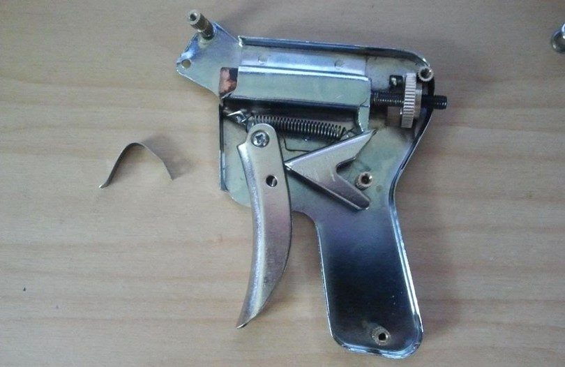 Strong lock pick gun