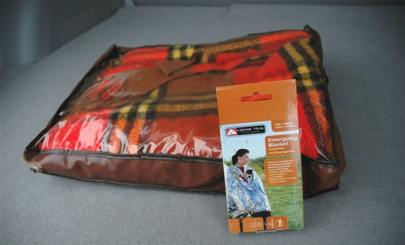Blanket for emergency situations
