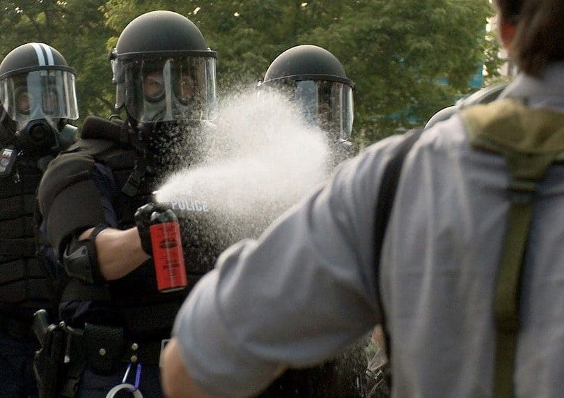 Police uses pepper spray
