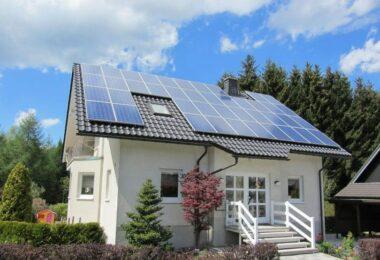 how many solar panels do i need for my house