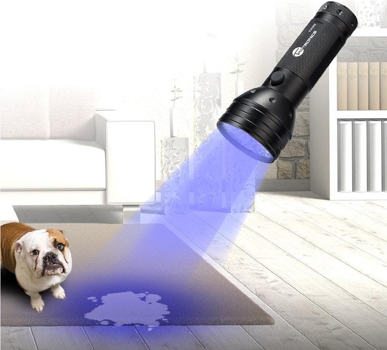 TaoTronics UV Flashlight