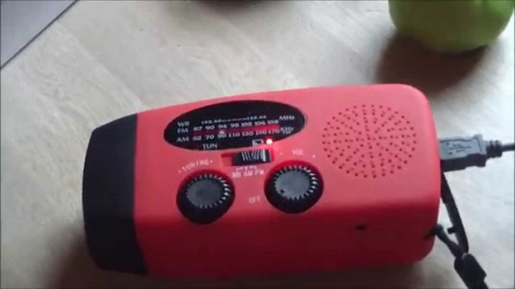 iRonsnow IS-088 Dynamo Emergency Weather radio