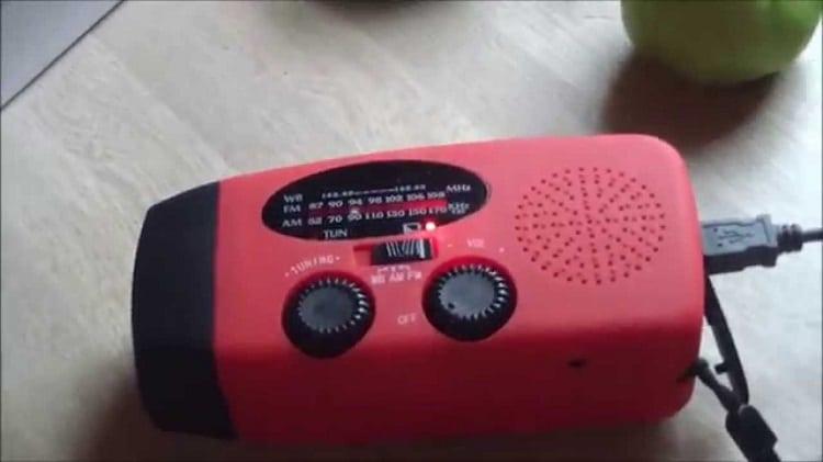 iRonsnow IS-088 Dynamo Emergency Weather radio