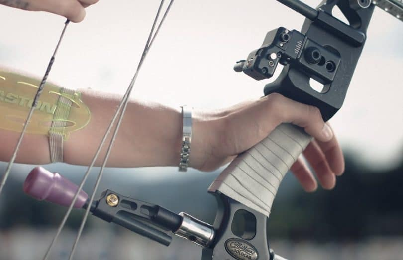 Compound bow handle