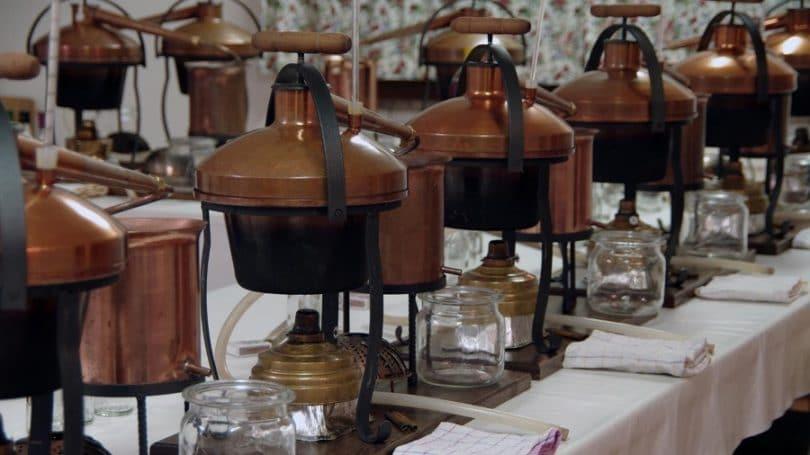 Distilling ethanol