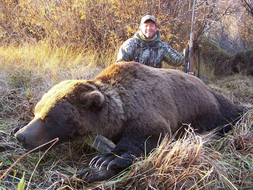 Hunting Grizzly Bears
