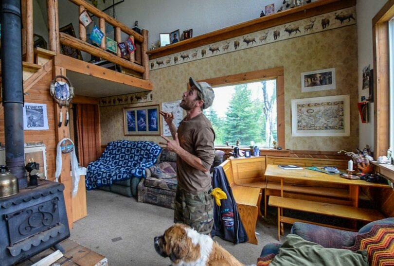 Living Off The Grid in Alaska