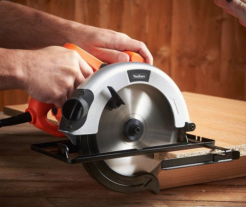 VonHaus 7-0.25 inch Circular Saw