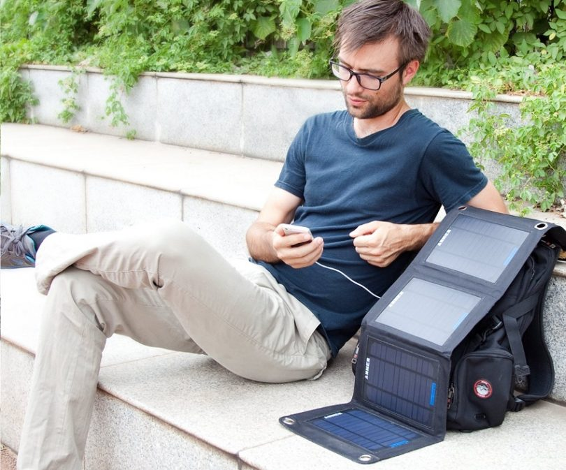 Anker 14W Foldable Dual Port Solar Panel