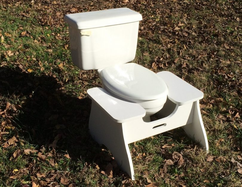 Collapsible toilet