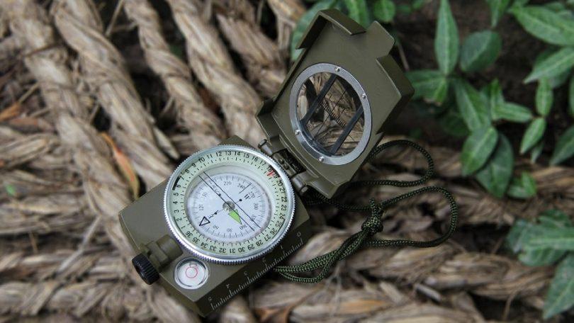 Eyeskey Metal Multifunction Military Optical Lensatic Sighting Compass