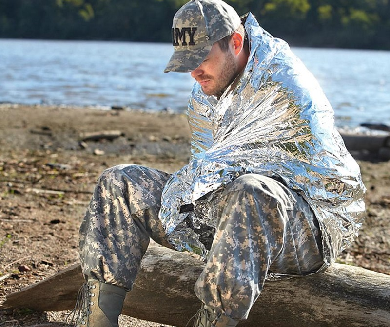 Highlander Thermo Survival Blanket – Silver