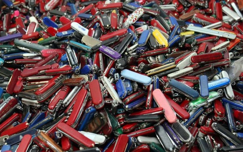 a lot of pocket knives