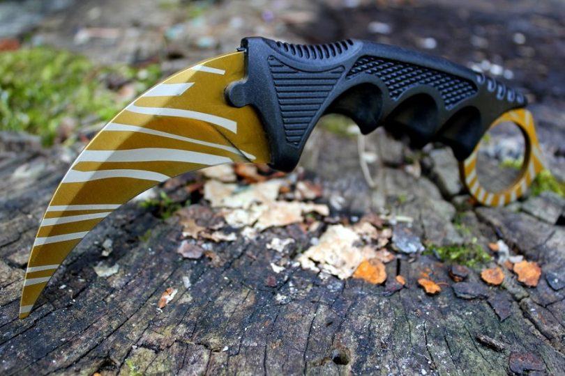 1 X Hawkbill Neck Knife KFD359