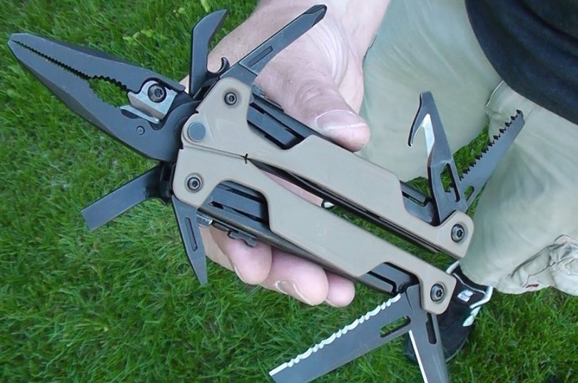 Camillus Knives Les Stroud S.K. Engage Multi Tool