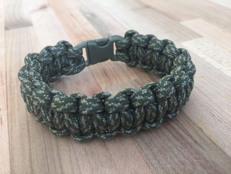 Paracord Planet Cobra Paracord Bracelet