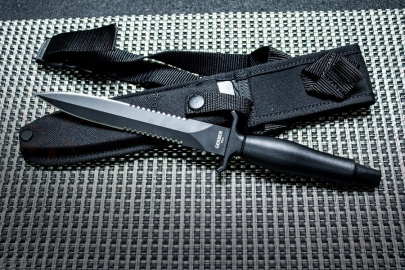 The Mark II Fighting Knife