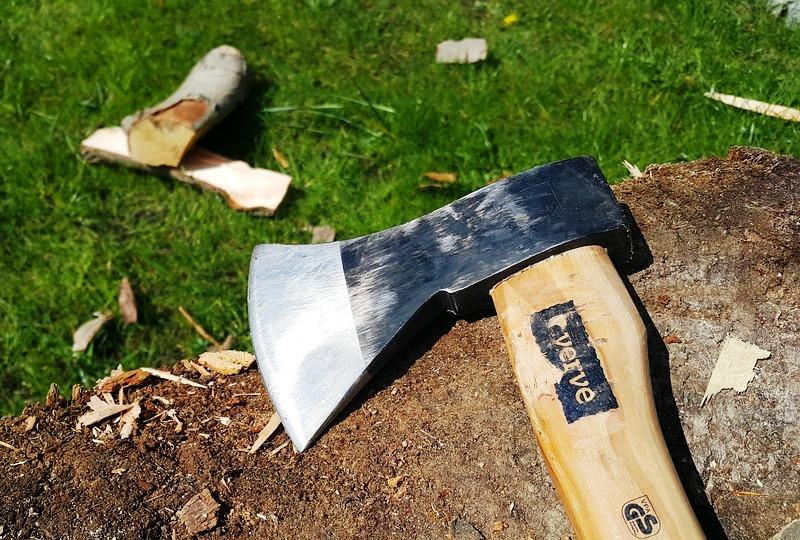How to Sharpen An Axe