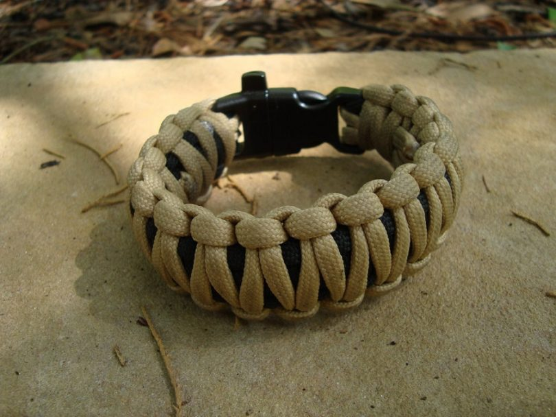 King Cobra 550 Paracord Bracelet