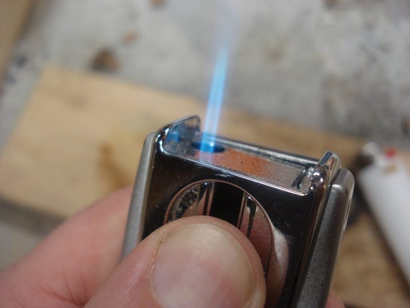 Naphtha lighter
