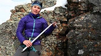 Black Diamond Raven Mountaineering Ice Axe
