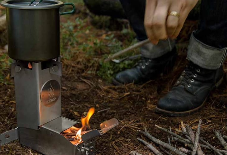 Cooking on hot ash stove